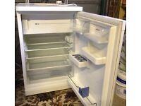Bosch Fridge with freezer compartment.
