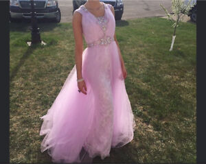 Beautiful evening prom gown dress