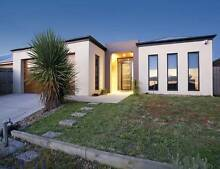 2 Rooms to let, bills included, fully furnished,100m to DeakinUni Highton Geelong City Preview