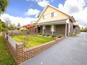 MODERN 3 BEDROOM BRICK-TOWNHOUSE! Oxley Park Penrith Area Preview