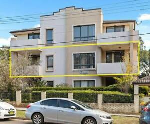 NEWLY RENOVATED UNIT IN WESTMEAD!