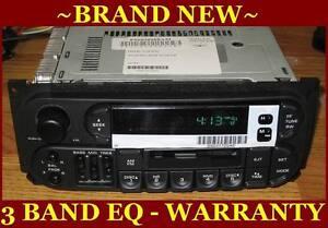 NEW 1999-2001 Jeep Grand Cherokee Infinity Cassette RADIO W/ cd Changer Controls