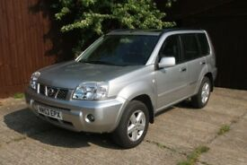 NISSAN X-TRAIL ONLY 48,000 MILES. FMDSH 14 STAMPS. SILVER 2004. MOT FEB 2019 EXCELLENT CONDITION