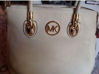 Michael kors ladies handbag beige colour used good condition £15