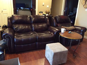 BEAUTIFUL AUTHENTIC LEATHER THREE PIECES, RECLINER
