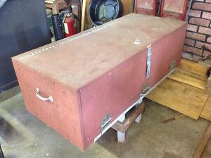 Tool box 1/2 ton truck