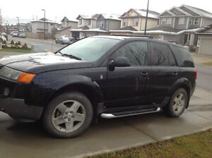 2004 Saturn VUE All wheel dr SUV, Crossover