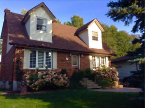OPEN HOUE -- SUNDAY, OCTOBER 22 FROM 2 - 4