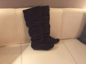 Beautiful Brown Boots, size 8