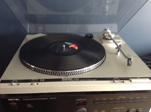 Technics SL-B200 turntable