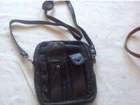 Ladies small shoulder bag leather black used £3