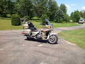 Kawasaki ZG 120 1987  2500$ nouveau prix