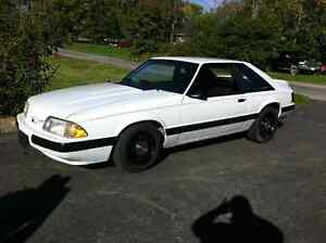1990 FORD MUSTANG LX ANIVERSARY ED