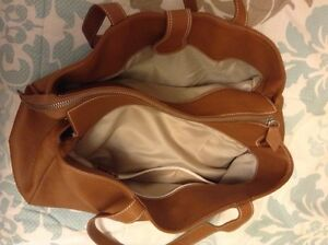 2 Italian Made Purses Both For Only $100! Cambridge Kitchener Area image 9