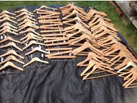 Wholesale joblot hanger wood and plastic around 560 pieces £80 all brand new