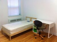Looking for female roommate, TMR Mont Royal, indoor garage
