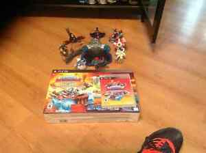 skylanders supercharger starter kit + characters and vehicles