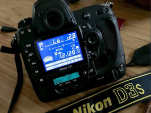NIKON D3S FLAGSHIP  BODY ABSOLUTELY MINT CONDITION !