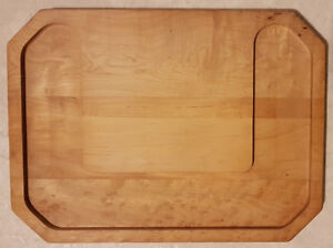 PLANCHE À DECOUPER POUR FROMAGE  / WOOD CUTTING TRAY FOR CHEESE