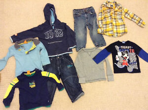 2t clothes Kingston Kingston Area image 1