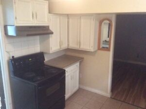 2 bedroom plus den for rent $850