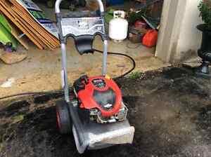 Briggs Stratton Power Washer 2550 psi