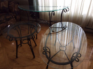 3 tables de salon en verre