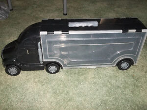 TRANSPORT CAR CARRIER FOR DIECAST CARS