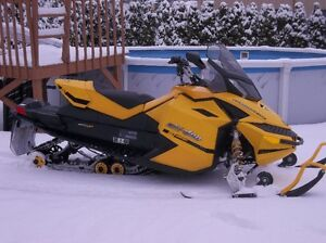 MXZ 600 e-tec 50TH ANNIVERSAIRE 2009 (NUM 596 DE 1000)