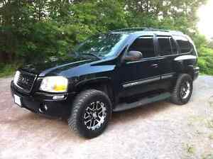 Lifted gmc envoy.. Trade for sled Peterborough Peterborough Area image 1