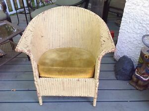 Vintage Wicker chair 1910-1949