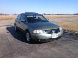 2003 Volkswagen Passat fully loaded in great condition