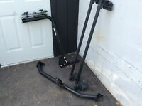 Trailer hitch bike rack and roof rack
