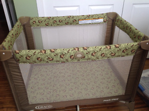 Graco playpen and bassinet