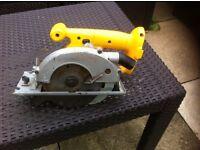 Dewalt battery pack circular saw unit