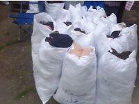 Wholesale mixed clothes per kilo grade A& B used £2.00 per kilo more than 500kg