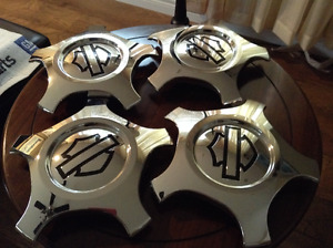 IMMACULATE/PRISTINE FORD HARLEY DAVIDSON RIMS AND CENTERS