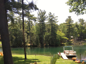 90 min from GTA, Gorgeous Washago home/cottage on Green RiveR