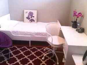 Fully furnished rooms rent for short / long term