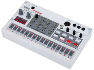 KORG VOLCA SAMPLE *NEW CONDITION*
