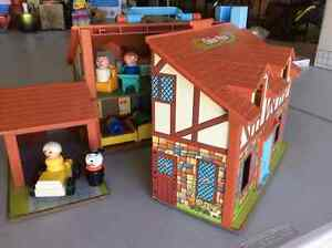Fisher Price house and accessories