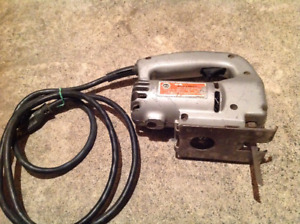 Ancienne scie sauteuse Black and Decker