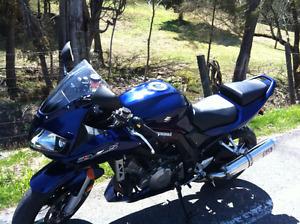 moto a vendre sv1000 s