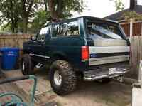 1995 Ford Bronco full size
