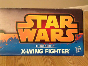Star Wars Episode IV X-WING FIGHTER. Hero Series. Includes R2D2. Cambridge Kitchener Area image 3