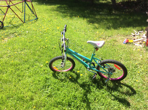 Girls size 18 bike for sale