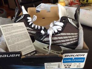 Patins de hockey junior Bauer neufs et équipements de hockey