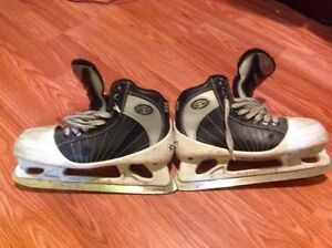 Hockey Goalie Skates Mens 5.5
