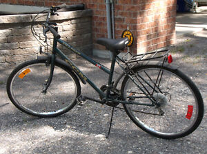 Ladies 10 speed bicycle