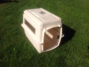 Dog kennel Petmate Vari-kennel Ultra- Med.size